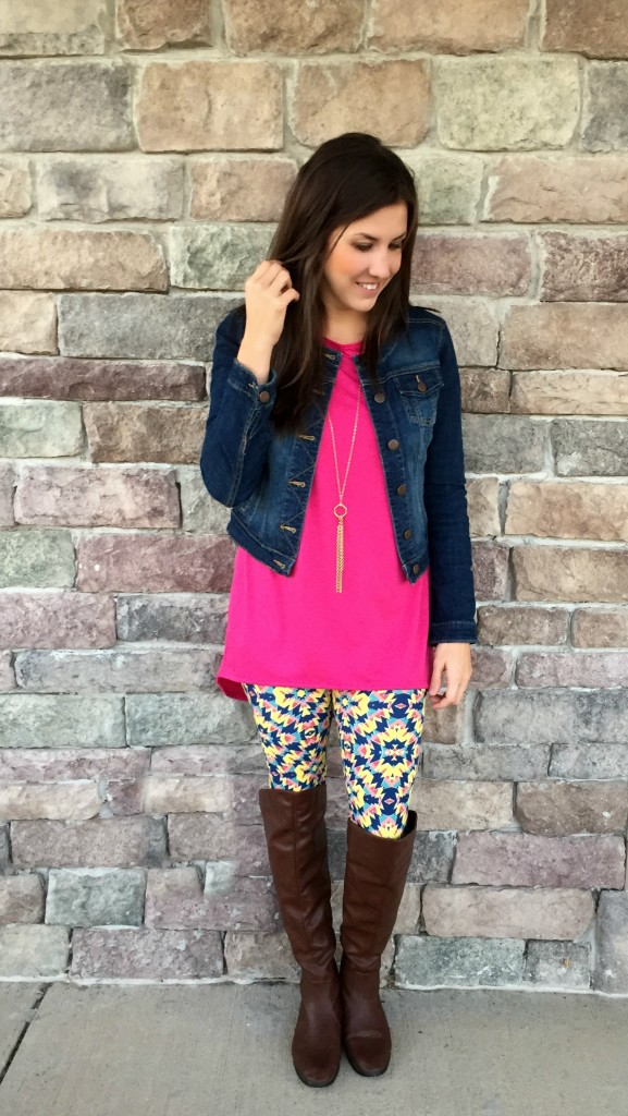 2dc3d4a9e57cf I had the opportunity to try out the One-Sized Leggings & the Irma Tunic  Top. Now, what's unique about Lularoe is that these come in TONS of prints,  ...