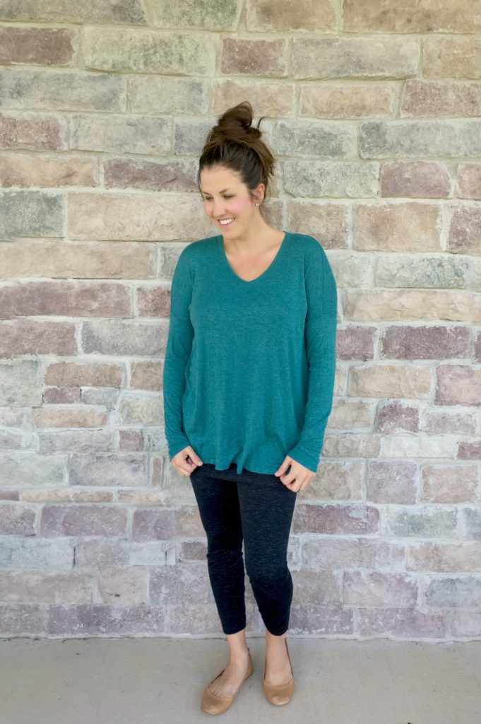 cabi-relaxed-tee-and-leggings