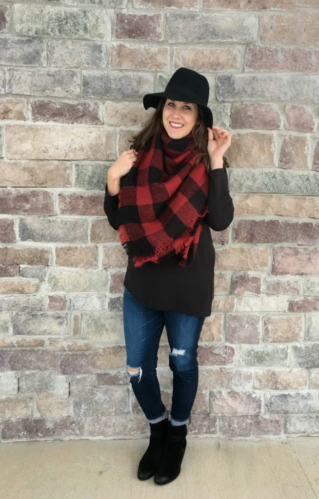 3 Outfits with Black Ankle Boots for Winter , momma in flip